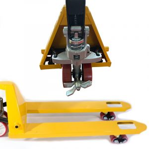 Pallet Truck with foot controlled brake